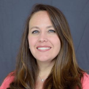 Dr. Lisa Akers